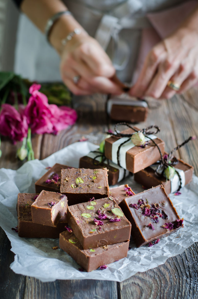 Mulberry and Pistachio Fudge